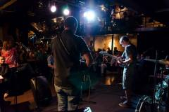 esibizione_band_pub_23
